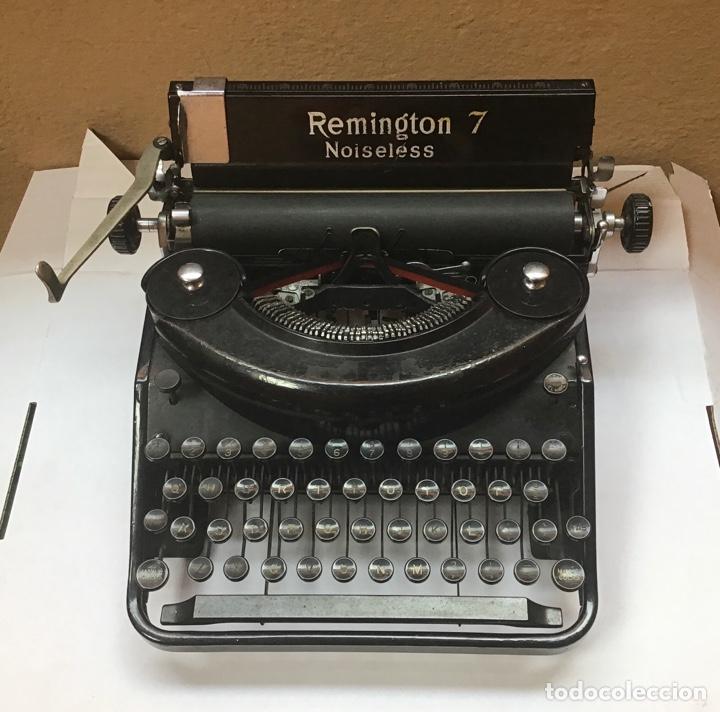 MAQUINA DE ESCRIBIR REMINGTON 7 NOISELESS - TYPERWRITER - SCHREIBMASCHINE - REF 1 (Antigüedades - Técnicas - Máquinas de Escribir Antiguas - Remington)