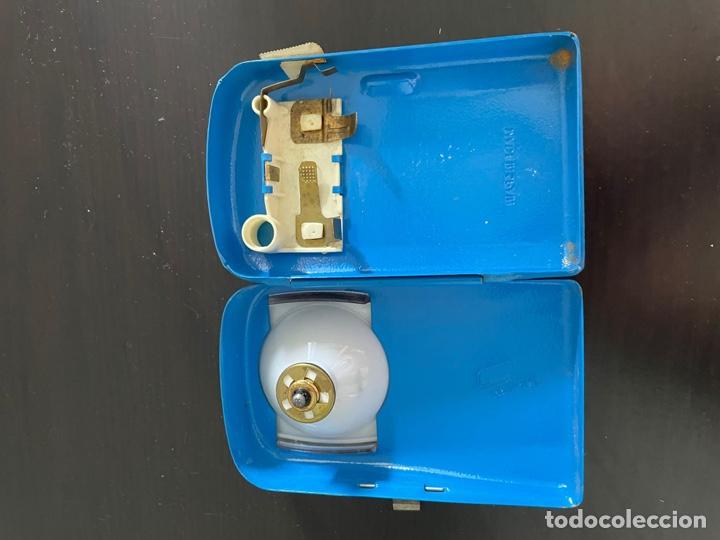 Antigüedades: Antigua linterna de petaca - Foto 3 - 271907483