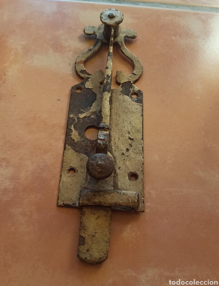 CIERRE A PRESIÓN ANTIGUO (Antigüedades - Técnicas - Cerrajería y Forja - Cerraduras Antiguas)