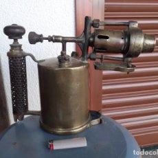 Antigüedades: SOPLETE A GASOLLNA DE GRAN TAMAÑO. Lote 273664363