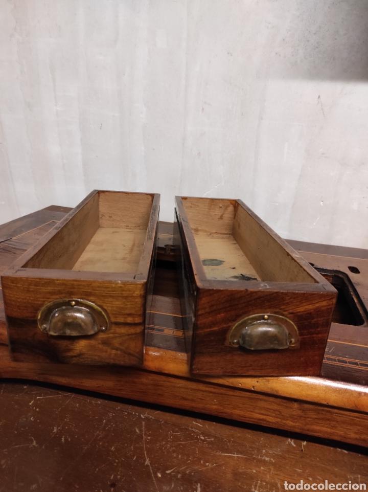 Antigüedades: Sobre máquina de coser con cajones KÖHLER - Foto 2 - 274430308