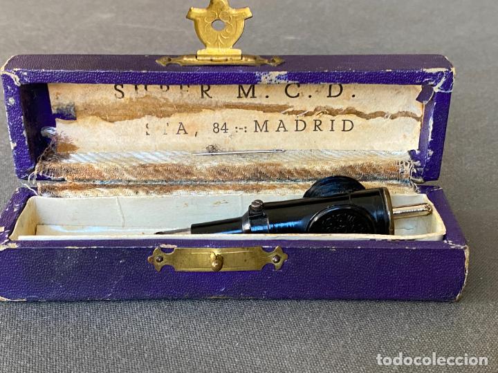Antigüedades: AGUJA DE COSER PARA MAQUINA DE REPARAR MEDIAS , SUPER M.C.D. EN CAJA - Foto 3 - 274541323