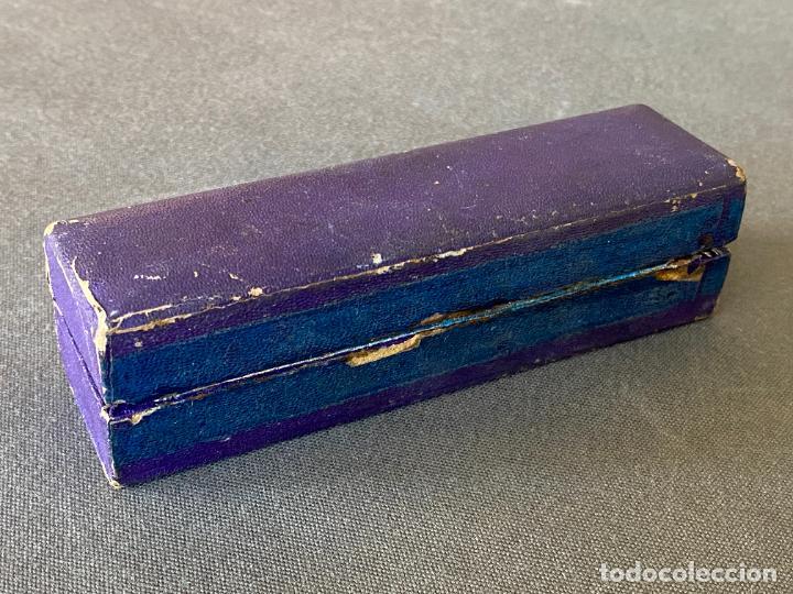 Antigüedades: AGUJA DE COSER PARA MAQUINA DE REPARAR MEDIAS , SUPER M.C.D. EN CAJA - Foto 4 - 274541323
