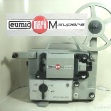 Antigüedades: PROYECTOR SUPER 8 MM-EUMIG MARK M -AUSTRIA AÑOS 70--MM 8MM CINE ANTIGUO 8MM. Lote 274673618