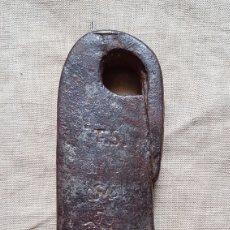 Antigüedades: ANTIGUO PONDERAL PESO ROMANA 789,5 GRAMOS. Lote 274853568