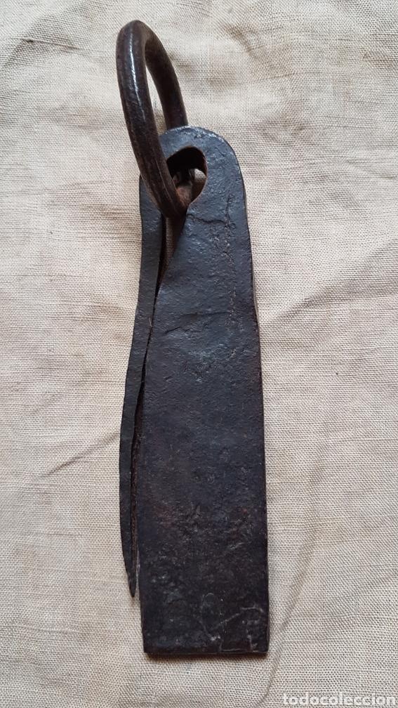 Antigüedades: Antiguo ponderal peso romana marcas 446 gramos - Foto 2 - 274854808
