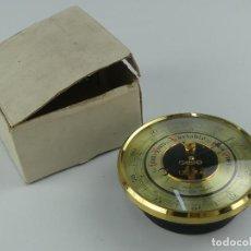 Oggetti Antichi: VINTAGE BAROMETRO ANEROIDE CYCO DE MONTAR. Lote 275118358