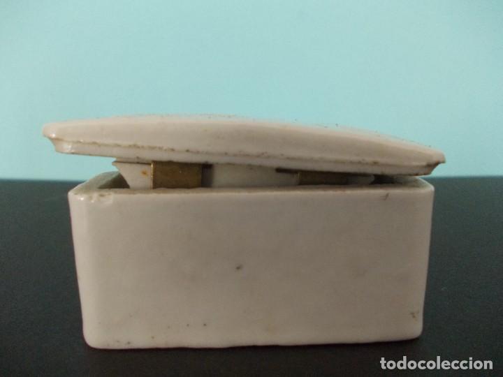 Antigüedades: Caja de fusible Cerámico BJC 5 A 250 V - Foto 2 - 275149138