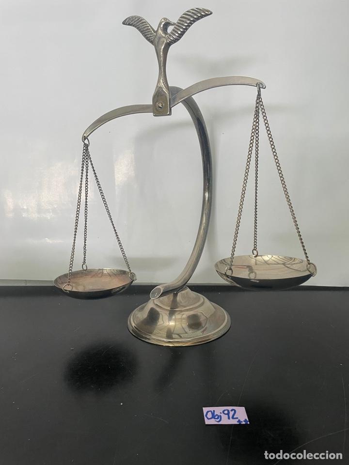 Antigüedades: BALANZA DE LA JUSTICIA, ADORNADA CON UN AGUILA. DECORACIÓN - Foto 2 - 275150223