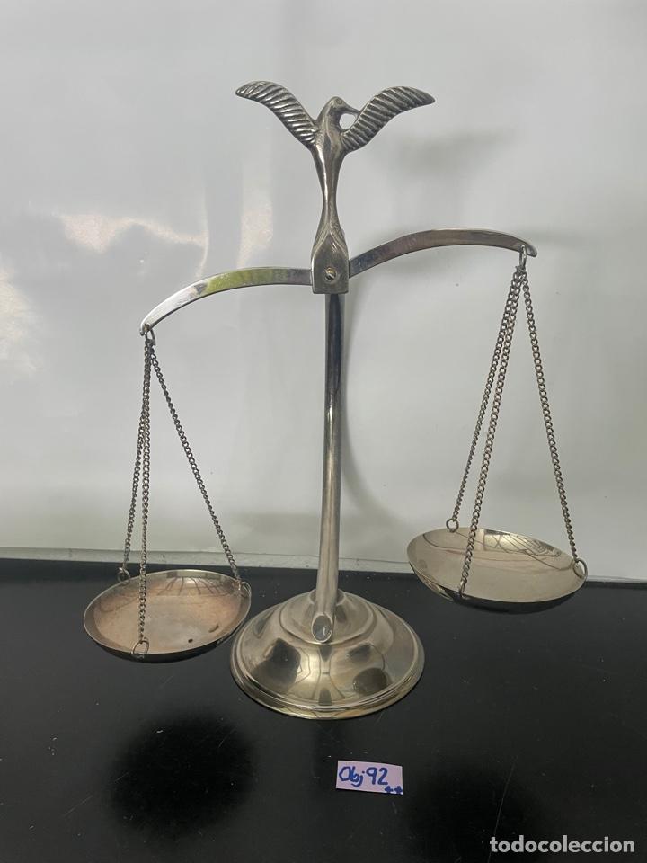 BALANZA DE LA JUSTICIA, ADORNADA CON UN AGUILA. DECORACIÓN (Antigüedades - Técnicas - Medidas de Peso - Balanzas Antiguas)
