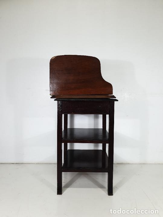 Antigüedades: Maquina de Escribir - Marca Royal - con Tapa de Madera y Mesa - Principios S. XX - Foto 4 - 275182868