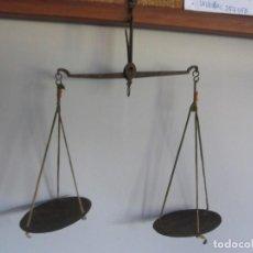 Antigüedades: BALANZA PARA PESAR MONEDAS DE PRINCIPIOS DEL XIX. Lote 275266453