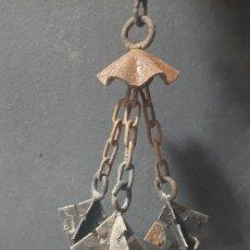 Antigüedades: ANTIGUA LAMPARA DE TECHO DE HIERRO. Lote 275481703
