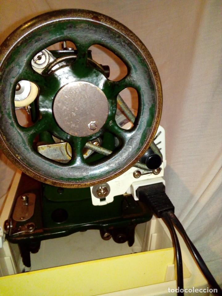 Antigüedades: maquina de coser REFREY - Foto 9 - 275712533