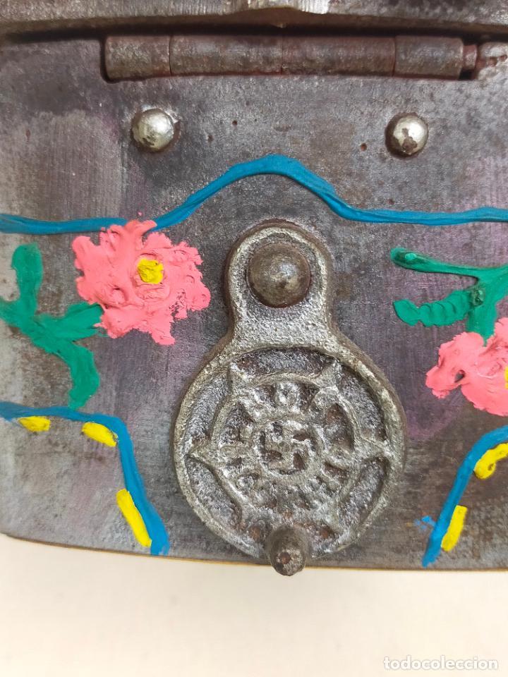 Antigüedades: ANTIGUA PLANCHA DE CARBON CON ESVASTICA NAZI, DE ELORRIO, VIZCAYA - Foto 7 - 275742603