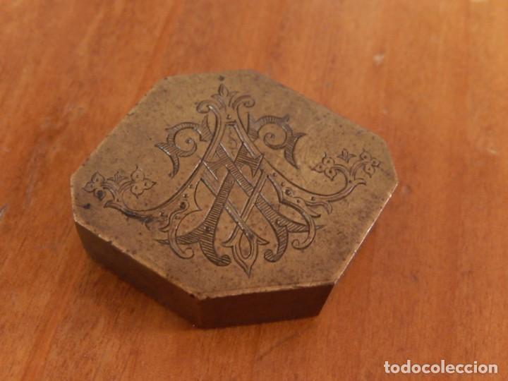Antigüedades: Antiguas piezas metálicas de broce / latón. Desconozco uso. - Foto 2 - 275901253