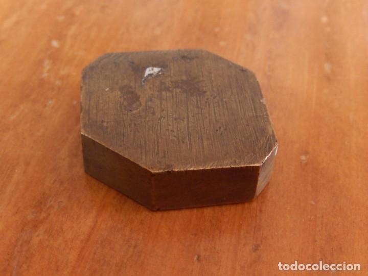 Antigüedades: Antiguas piezas metálicas de broce / latón. Desconozco uso. - Foto 7 - 275901253