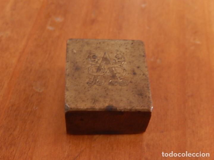Antigüedades: Antiguas piezas metálicas de broce / latón. Desconozco uso. - Foto 9 - 275901253
