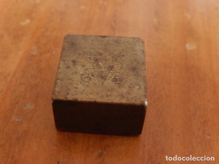Antigüedades: Antiguas piezas metálicas de broce / latón. Desconozco uso. - Foto 11 - 275901253