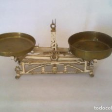 Antigüedades: ANTIGUA BALANZA DE HIERRO. Lote 275951778