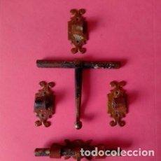 Antigüedades: LOTE DOS CERROJOS DE FORJA ANTIGUOS MEDIDA 11 CM. Lote 276017878