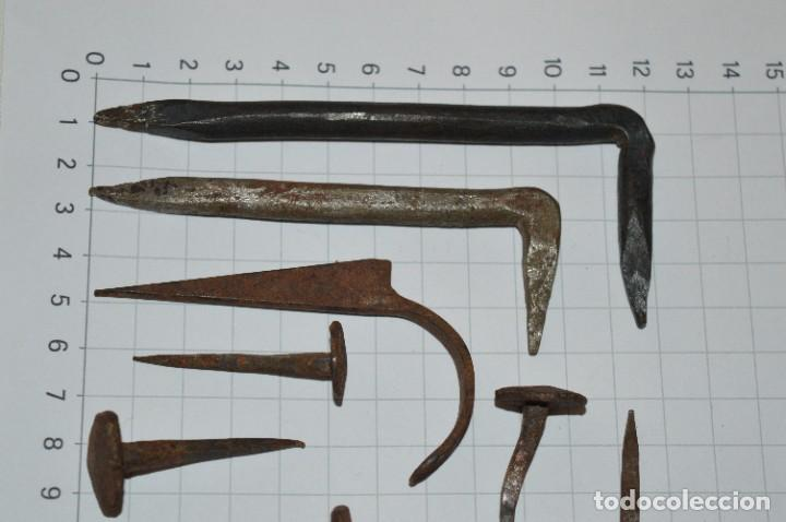 Antigüedades: Lote muy antiguo - CLAVOS y otros útiles de forja ¡Mira fotos/detalles! - Foto 3 - 276029418