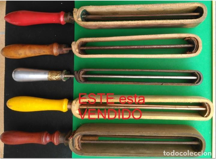 Antigüedades: SUAVIZADOR, ASENTADOR o AFILADOR de cuero para navajas de afeitar, barbero - Foto 3 - 276064808