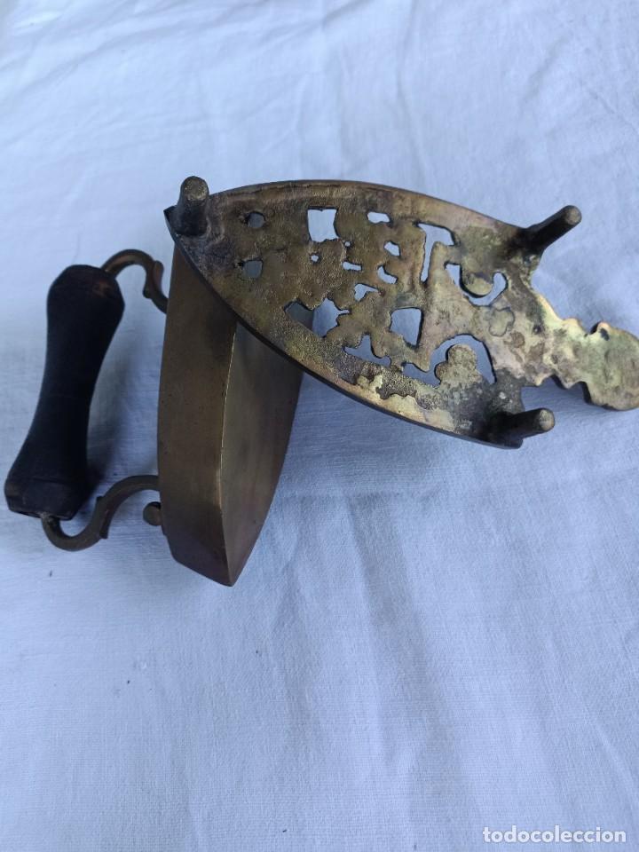 Antigüedades: Antigua plancha de carbón de sastrería con base - Foto 7 - 276070513