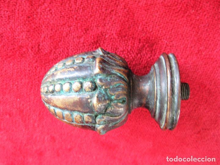 Antigüedades: POMO DE PUERTA O REMATE DE BARANDILLA EN BRONCE MACIZO CON PATINA - Foto 2 - 276400473