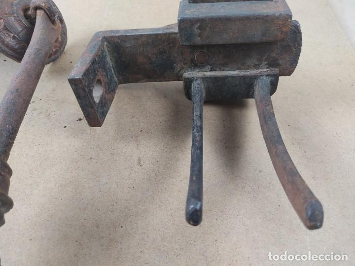 Antigüedades: manivela de porton muy antiguo - Foto 2 - 276477943