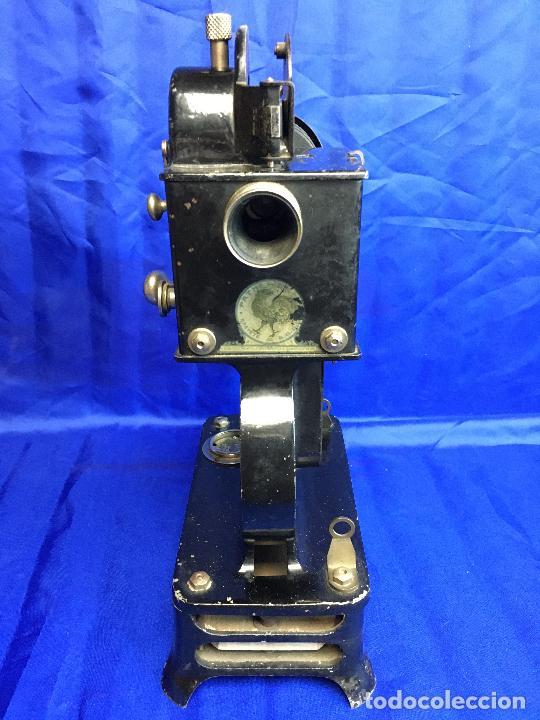 Antigüedades: proyector de cine Pathe baby Brevete con caja original - Foto 6 - 276628233