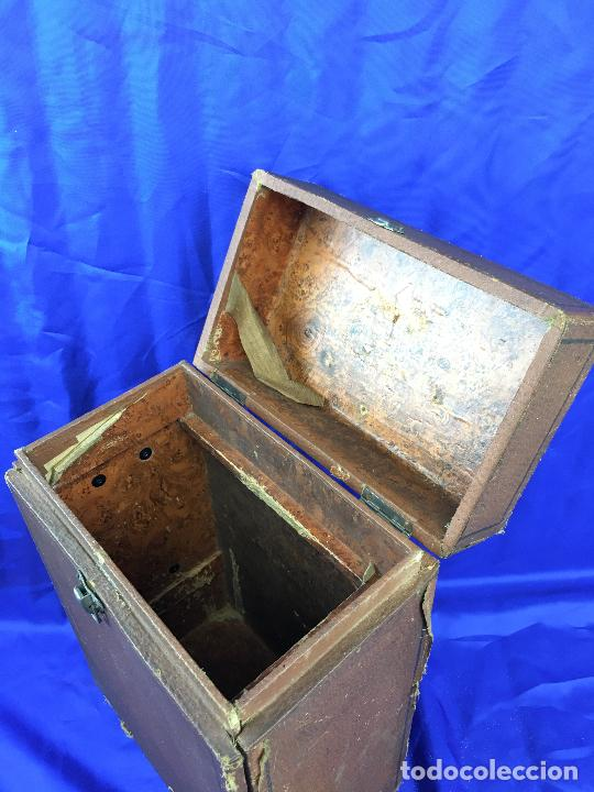Antigüedades: proyector de cine Pathe baby Brevete con caja original - Foto 22 - 276628233
