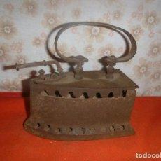 Antigüedades: ANTIGUA PLANCHA DE CARBOIN. Lote 276651818