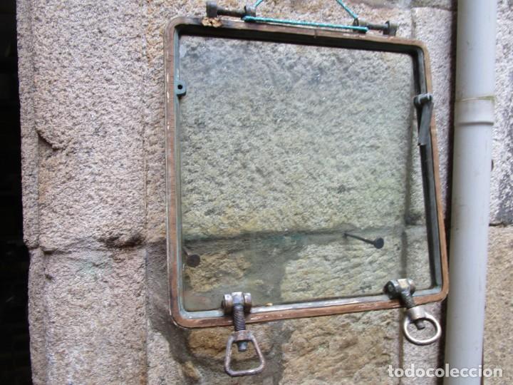 Antigüedades: ANTIGUO PORTILLO VENTANA ABISAGRADA DE BARCO, BRONCE, 14 KILOS 54X54X3.CM DE LOS 50S+ INFO li. - Foto 8 - 276724903