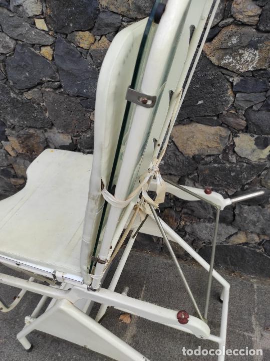 Antigüedades: Antigua Camilla de Medico Ginecólogo - Metal y Cristal - Plegable - Años 40 - Foto 15 - 276926633
