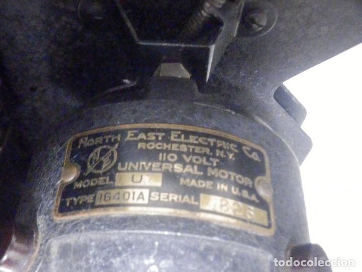 Antigüedades: Proyector Eastman Kodak - Kodascope Moldel C - 1924 - 115 Voltios - C/ Caja y accesorios - Foto 6 - 277127988