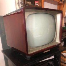 Antigüedades: TELEVISIÓN PHILIPS DE LOS 60S. Lote 277265158