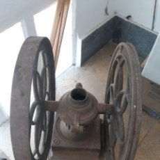 Antigüedades: MOLINILLO MOLINO DE CAFE MARCA J.M.B. Lote 277713098