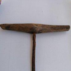 Antigüedades: ANTIGUA BARRINA DE CARPINTERIA MEDIDAS MANGO 28 CM BROCA 21 CM. Lote 277721968