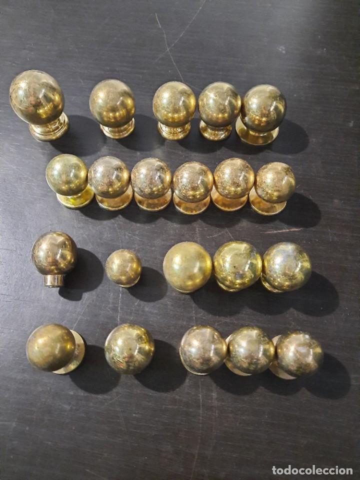 Antigüedades: 21 pomos tiradores de bronce macizo - Foto 15 - 208062566