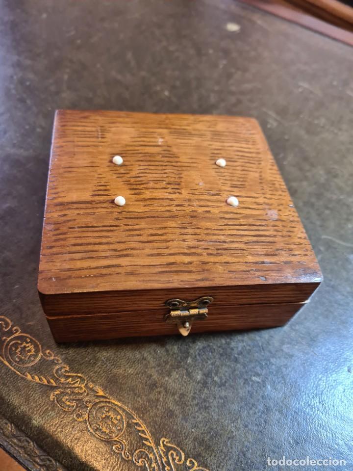 Antigüedades: Magnífica maquinilla de afeitar WILKINSON, con 7 cuchillas, una para dia de la semana, original. - Foto 27 - 278163603