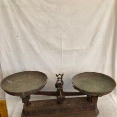 Antigüedades: ANTIGUA Y GRAN BASCULA DE 20 KG!FUERZA!. Lote 278221018