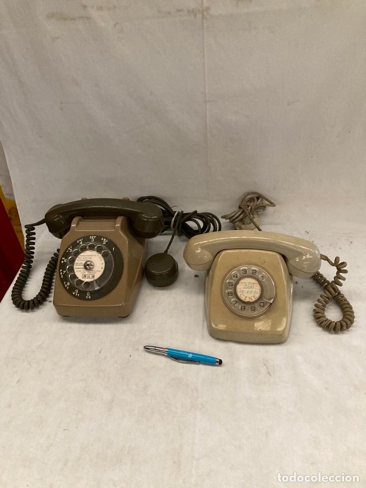 LOTE DE DOS TELEFONOS ANTIGUOS DE RUEDA! (Antigüedades - Técnicas - Teléfonos Antiguos)