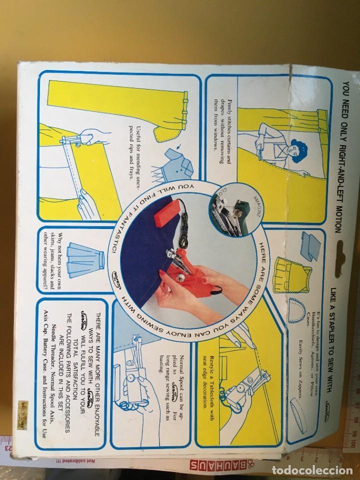Antigüedades: Máquina de coser portatil - Foto 4 - 278364563