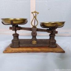 Antigüedades: PRECIOSA BALANZA BASCULA DE UN KILO - RIBAS BARCELONA. Lote 278473953