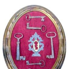 Antigüedades: PANOPLIA DE LLAVES Y BOCALLAVE ANTIGUAS. Lote 90812865