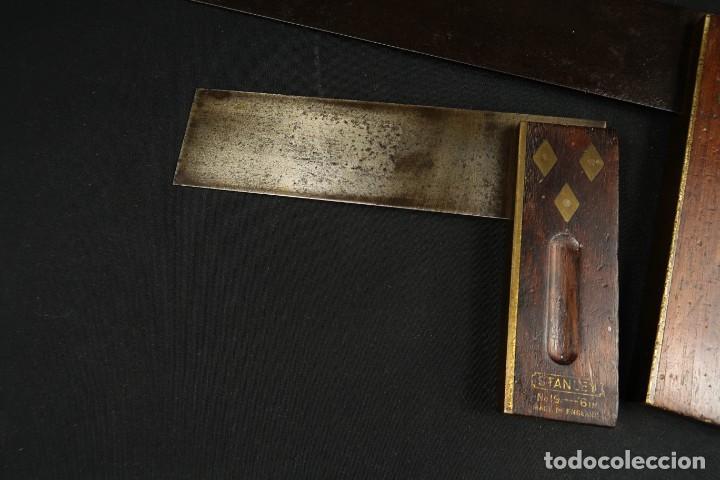 Antigüedades: Lote Dos Antiguas Escuadras Inglesas de Hierro Madera y Bronce - Foto 2 - 278498993