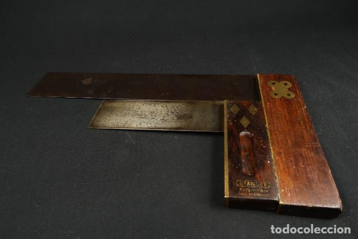 Antigüedades: Lote Dos Antiguas Escuadras Inglesas de Hierro Madera y Bronce - Foto 11 - 278498993