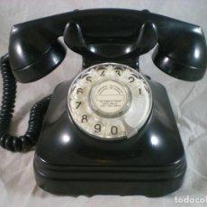 Telefones: ANTIGUO TELEFONO SOBREMESA STANDARD ELECTRICA CTNE - AÑOS 50- BAQUELITA - FUNCIONA. Lote 278561073