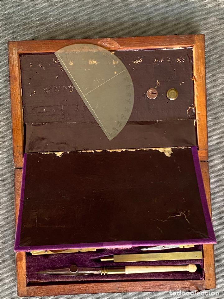 Antigüedades: JUEGO DE COMPÁS EN ESTUCHE . S. XIX .COMPLETO , GRABADO R. TYLER - Foto 2 - 278616698